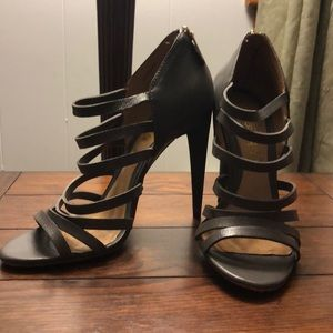 L.A.M.B gray strappy pump heels leather sole/upper